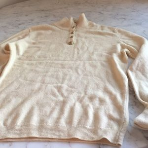 Sweaters - Vintage Cashmere CHANEL sweater size Small